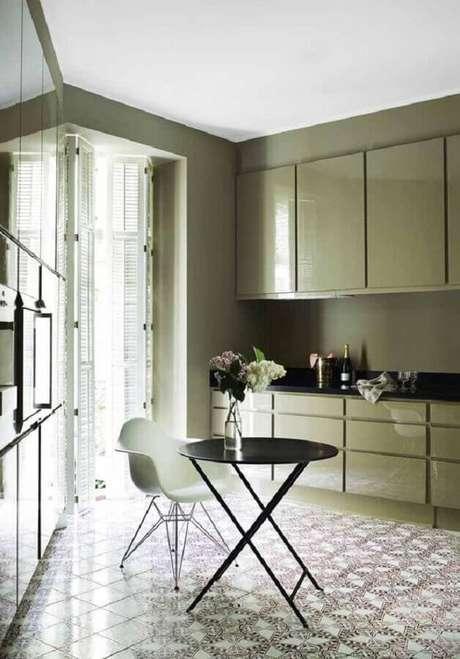 4. A cor verde musgo pode trazer muitos benefícios na decoração do seu lar – Foto: Ideias Decor