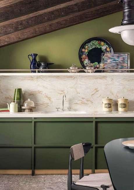 32. Invista em tons de verde para a decoração da sua cozinha – Foto: Archiexpo