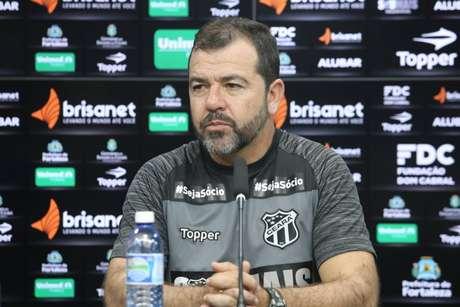 Treinador não teve um bom aproveitamento no Vozão (Foto: Kalyne Lima/cearasc.com)