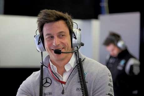 Após perder favoritismo para a Ferrari, Mercedes trabalha em atualizações para Suzuka