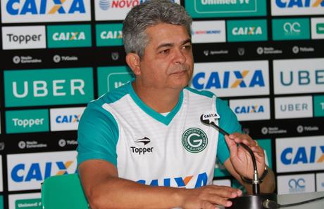 Treinador exaltou o bom momento da equipe (Foto: Twitter/Goiás)