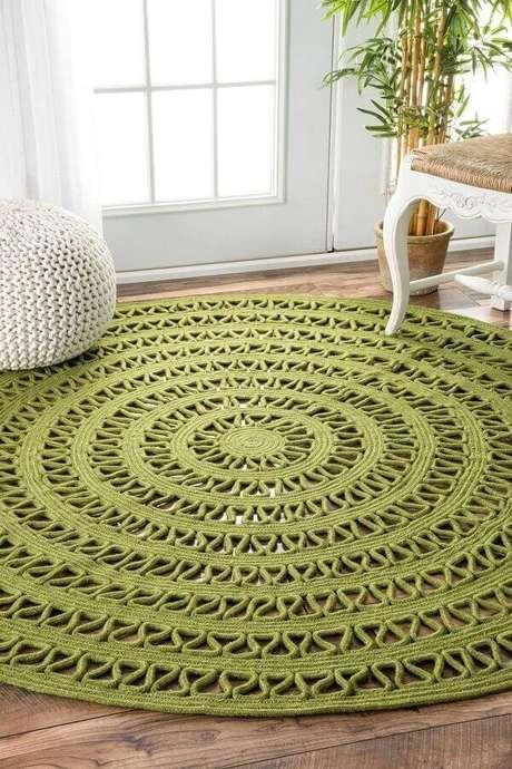 63. Tapete verde musgo redondo de crochê – Foto: Pinterest