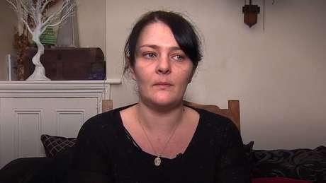 Catherine Kendall diz que 'vivia no limite' à espera do telefonema que salvaria a vida da filha