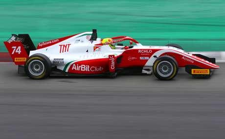 Enzo Fittipaldi volta a correr em Mugello, onde foi campeão da F4 Italiana