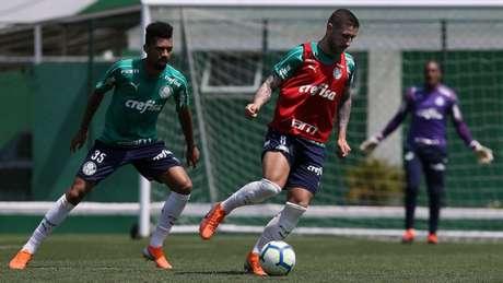 Palmeiras realizou treino na manhã desta quarta-feira, na Academia de Futebol (Foto: Cesar Greco)