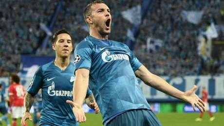 Dzyuba marcou o primeiro gol do Zenit no jogo desta quarta-feira (AFP)