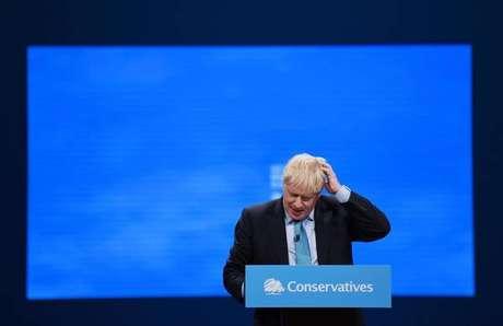 Boris Johnson discursa no congresso do Partido Conservador