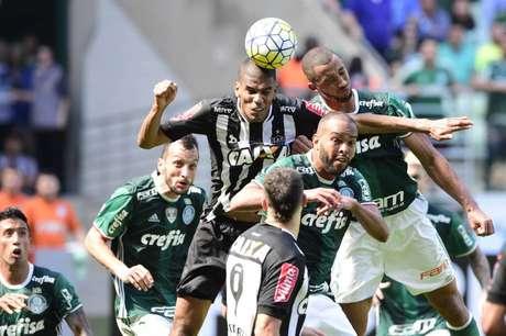 Palmeiras perdeu por 1 a 0 para o Galo, com gol de Landro Donizete (Foto: Fernando Dantas/Gazeta Press)