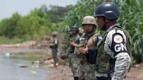 Trump está satisfeito com o envio de milhares de tropas da Guarda Nacional mexicana à fronteira com os Estados Unidos