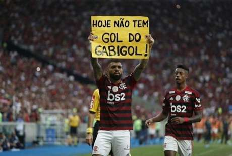 Gabigol ficou conhecido no Flamengo pelo cartaz sobre artilharia, mas a web não perdoa (Reprodução)