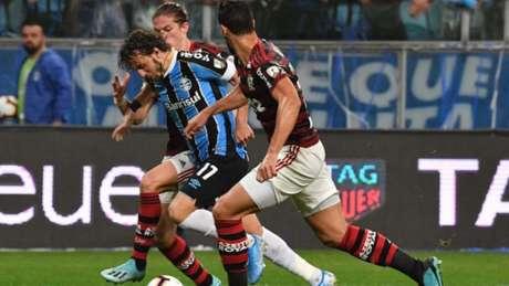 Jogo entre Grêmio e Flamengo registrou números impressionantes (NELSON ALMEIDA / AFP)#