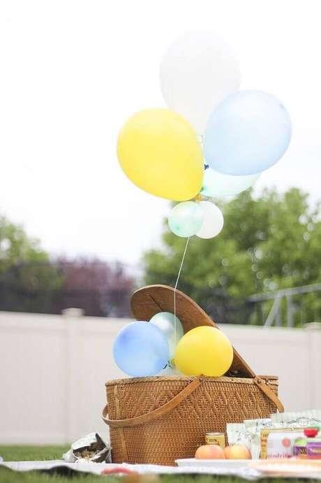 35. Ideia de decoração com cesta de piquenique – Foto: Assetproject