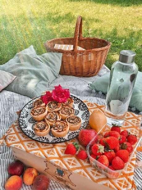 36. Cesta de piquenique romântico – Foto: Pinterest