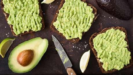 Os abacates são uma fonte valiosa de gorduras monoinsaturada e vitamina E