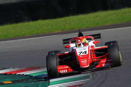 Enzo Fittipaldi abre a segunda fila do grid em Mugello na F3