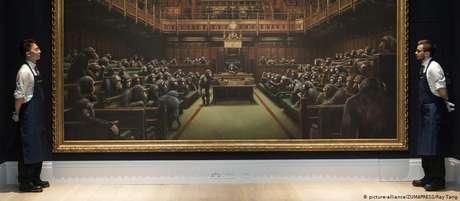 'Devolved Parliament' atinge soma recorde para um Banksy em leilão