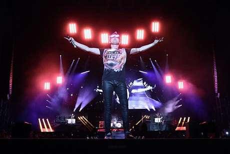 RiR: Muse leva mistura de rock clássico e música eletrônica