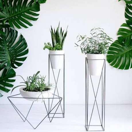 33. Suporte para plantas para decorar a casa moderna – Por: Pinterest