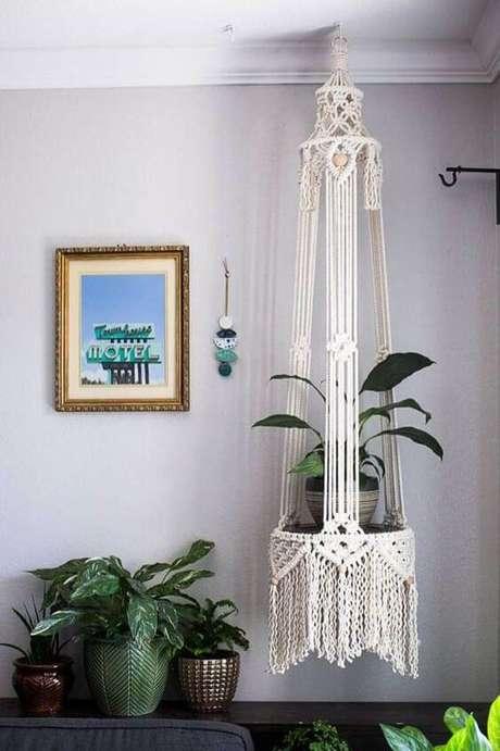 51. Suporte para plantas em macramê – Por: Pinterest