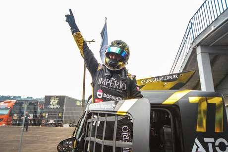 André Marques conquista primeira pole da carreira em Cascavel