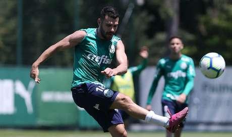 Bruno Henrique já fez cinco gols contra o Atlético-MG, todos pelo Brasileirão (Foto: Cesar Greco)