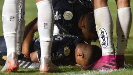 Menino da Vila mostrou potencial em estreia contra o Vasco. Ele ficou emocionado com o gol (Foto: Ivan Storti/ Santos FC)
