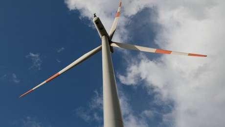 Toda forma de produção de energia em grande escala causa impactos nos ecossistemas e, em última instância, no planeta, de modo geral