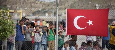 Campo de refugiados em Gaziantep, na Turquia, país que acolhe grande número de migrantes sírios
