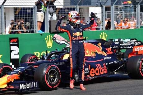 """""""Eu mesmo pilotarei mais rápido"""", diz Verstappen sobre um companheiro de equipe forte"""