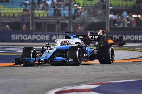 Russell espera que a Williams se adapte à Suzuka melhor do que foi em Sochi