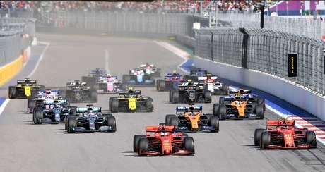 """Masi diz que """"faz parte do esporte"""" ordens de equipe da Ferrari"""