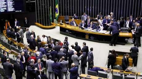 O presidente da Câmara, Rodrigo Maia (DEM-RJ), disse que levará o resultado do grupo de trabalho diretamente para votação no plenário