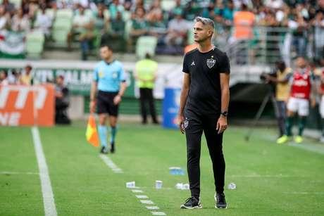 Rodrigo Santana ficou satisfeito com o desempenho do Atlético-MG