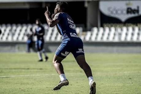 Santos transforma primeiro contrato profissional de Marcos Leonardo em novela (Ivan Storti)