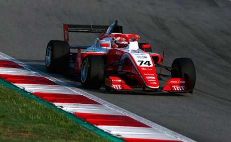 Em segundo na classificação geral, Enzo Fittipaldi luta pelo vice-campeonato da F-3 (Foto: Divulgação/Prema/RF1)