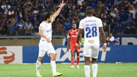 Fred marcou o seu 20º gol na temporada diante do Internacional e vai encarar o seu ex-clube, o Fluminense, quarta-feira, no Mineirão- (Araceli Souza/MyPhoto Press/Lancepress!)
