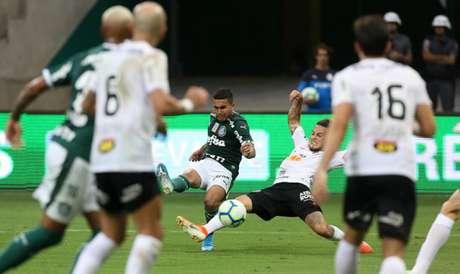 Dudu marcou o décimo gol na temporada e é o vice-artilheiro do Palmeiras no ano (Foto: Cesar Greco)