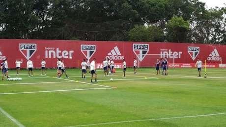 São Paulo treinou na manhã desta segunda-feira no CT da Barra Funda (Foto: Alexandre Guariglia/Lancepress)