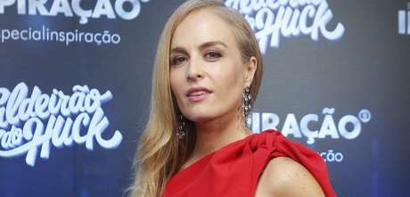 Angélica admite que preferiria não ver Luciano Huck envolvido na política