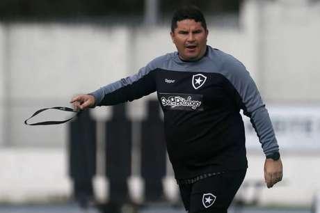 Treinador foi demitido após a derrota para o Fluminense (Foto: Vitor Silva/BFR)