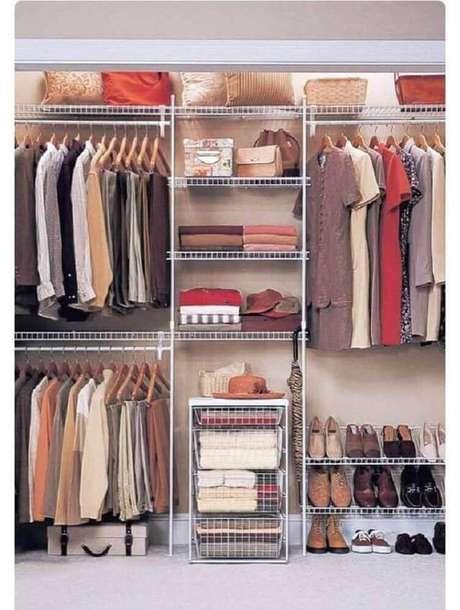 65. A organização fica muito mais fácil com o closet aberto. Foto: Viva Decora