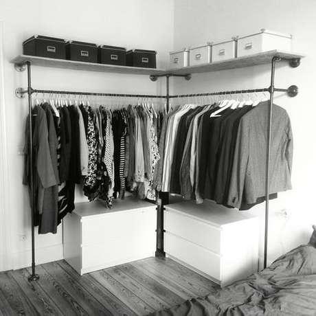 4. Existem muitos modelos de closet aberto pequeno. Foto: Happy Closet!
