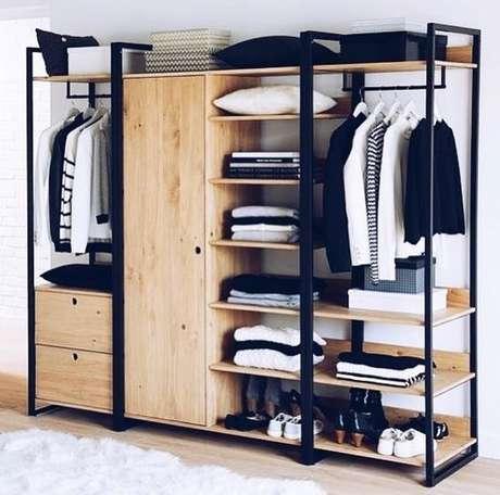 34. O closet aberto pode ser variado de acordo com sua criatividade. Foto: Instagram