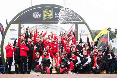 Tänak vence no País de Gales e se aproxima do título no WRC