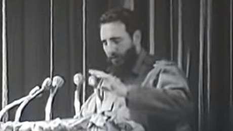 Críticos do governo cubano dizem que, ao ler a carta, Fidel impediu que Che pudesse retornar a Cuba