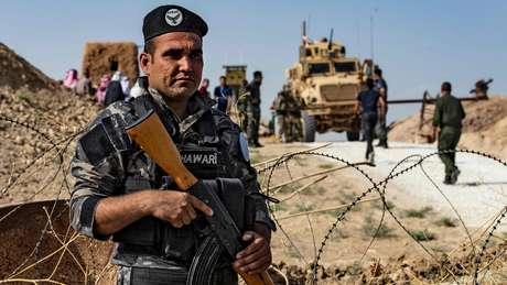 Membro das forças curdas, que lutaram ao lado dos EUA contra o Estado Islâmico