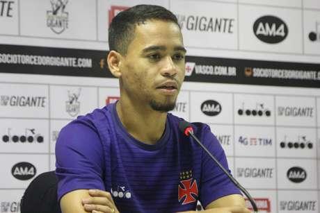 Yago Pikachu ressaltou que o jogo não será fácil diante do Avaí (Foto: Paulo Fernandes/CRVG)