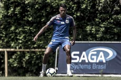Tailson deve ser titular do Santos contra o Palmeiras (Ivan Storti/SFC)