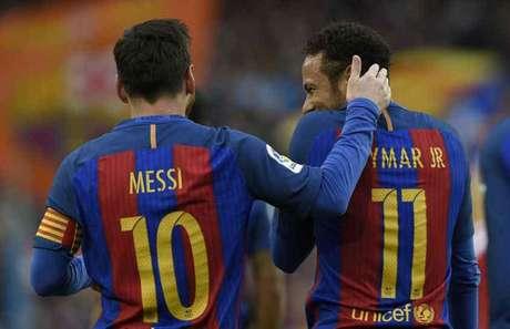 Messi e Neymar juntos no Barcelona (Foto: Lluis Gene / AFP)