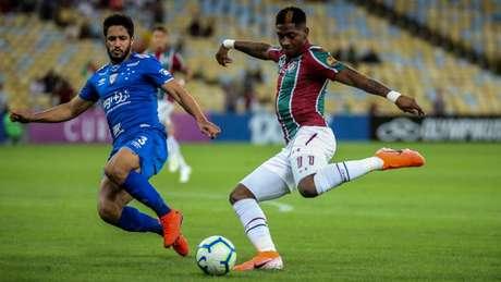 Yony melhorou após a efetivação de Marcão (Foto: Lucas Merçon/Fluminense)